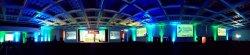 pomieszczenie z ekranami LED