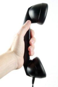 pomoc przez telefon